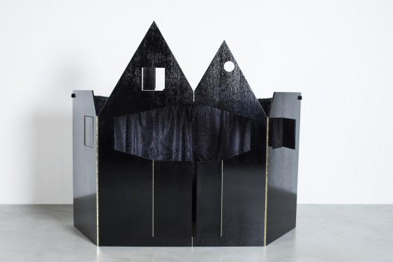 puppet theatre black Robbrecht en Daem architecten