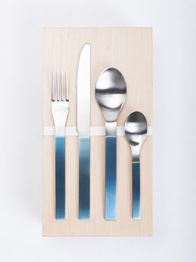 giftbox muller van severen brushed stainless steel, blue pvd coated 16 pcs Muller Van Severen