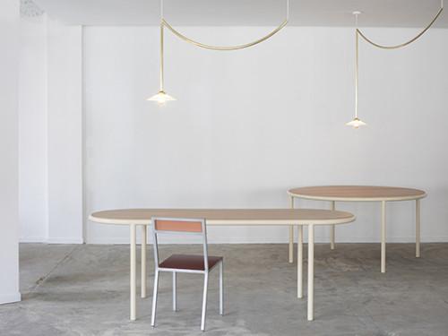 WOODEN TABLE OVAL IVORY / OAK Muller Van Severen