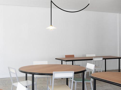 WOODEN TABLE OVAL BLACK / CHERRY Muller Van Severen