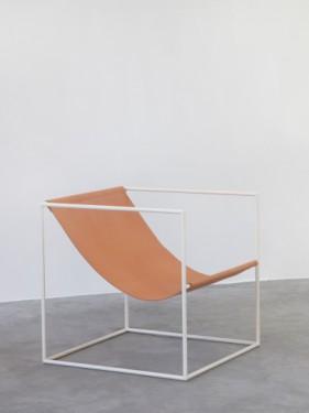 SOLO SEAT 62X62 H61 WHITE FRAME/LEATHER Muller Van Severen
