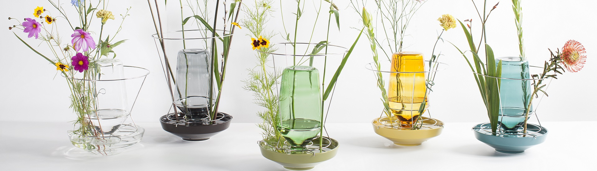 hidden vases by chris kabel