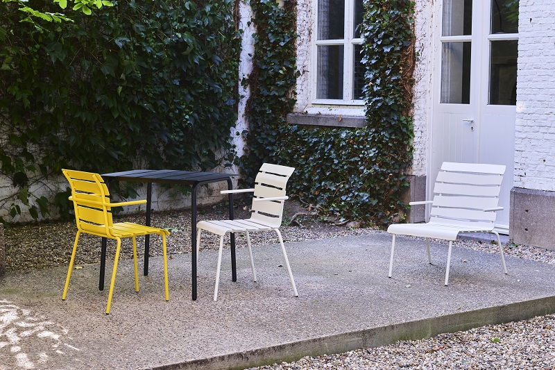new aligned chairs and table for outdoors